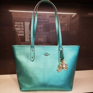 COACH F16224 MTLC CRSGR CITY TOTE with KEYCHAIN